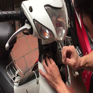 Cách gắn định vị cho xe máy